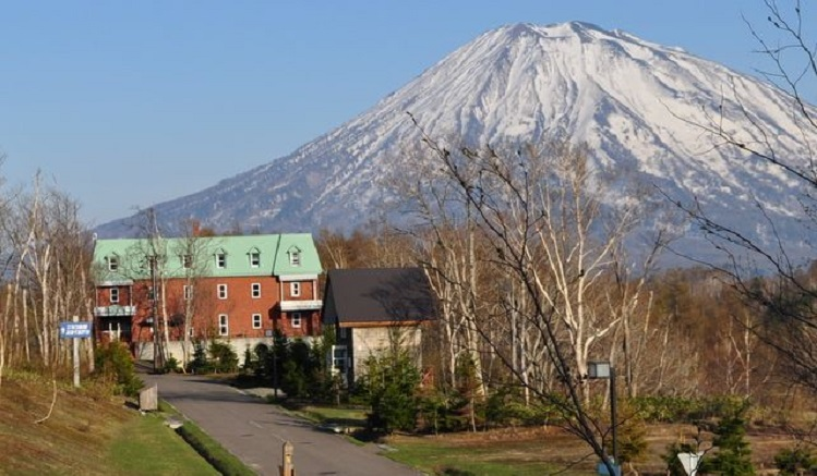 Niseko_Freedom_Inn_01